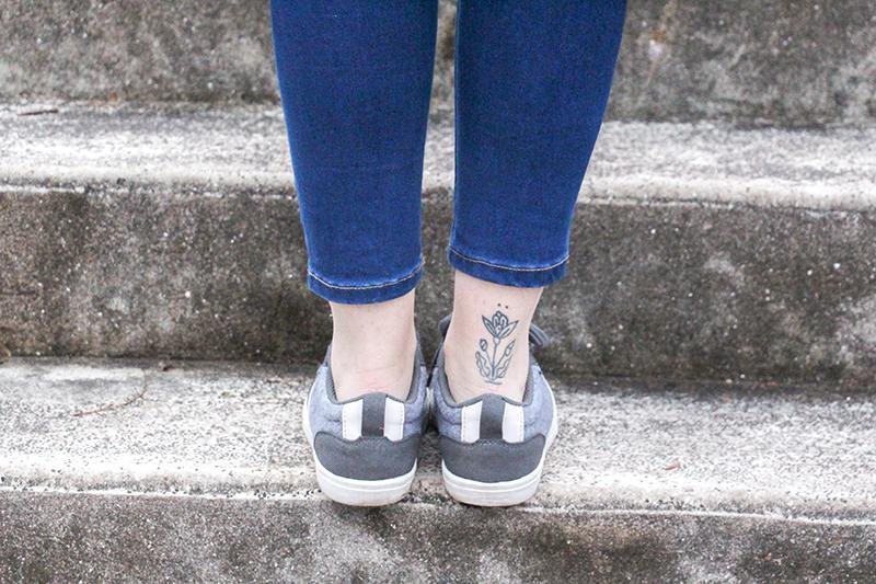 chaussures basket vegan grises