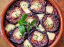 Parmigiana, włoska zapiekanka z grillowanych bakłażanów