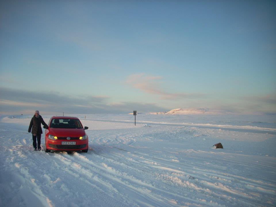 Conducir por Islandia en invierno