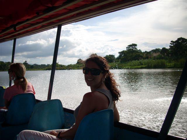 Barco a Tortuguero