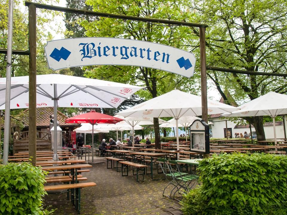 Biergarten, ruta por Baviera y la Selva Negra de Alemania