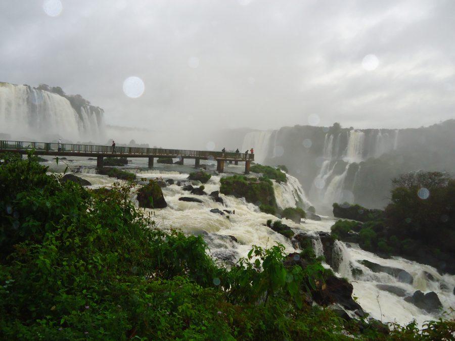 Pasarela sobre Iguazú