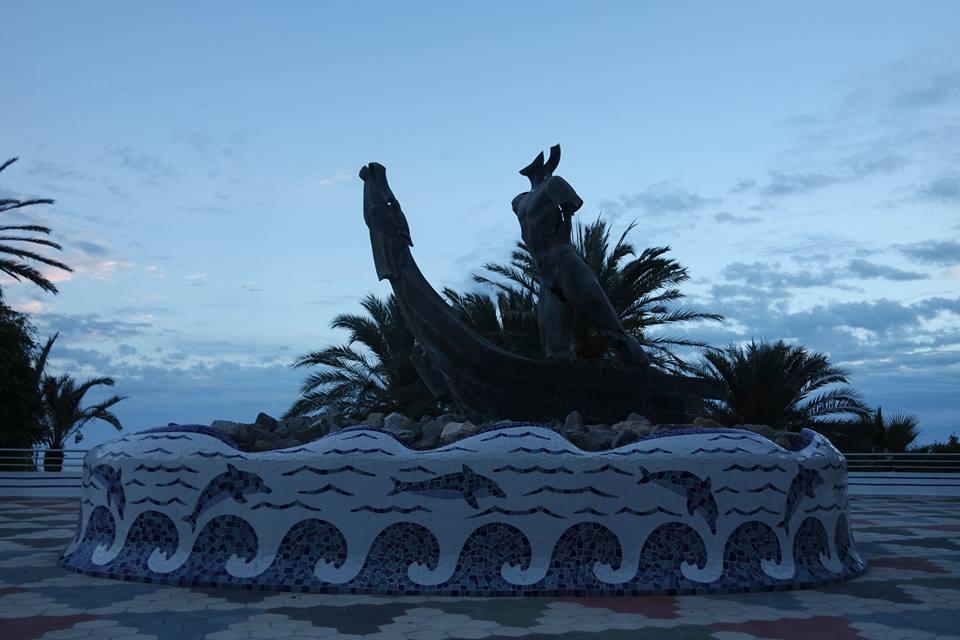 Monumento a los fenicios, qué ver en Almuñécar, ciudad Sexi