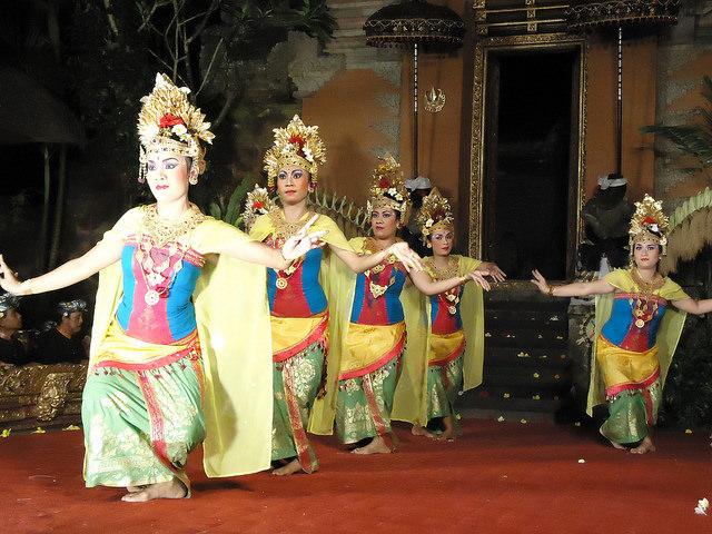 Danza balinesa, palacio de Ubud