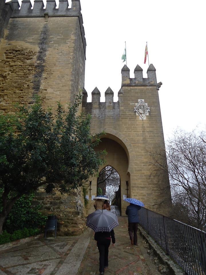 entrada-al-castillo-de-almodovar
