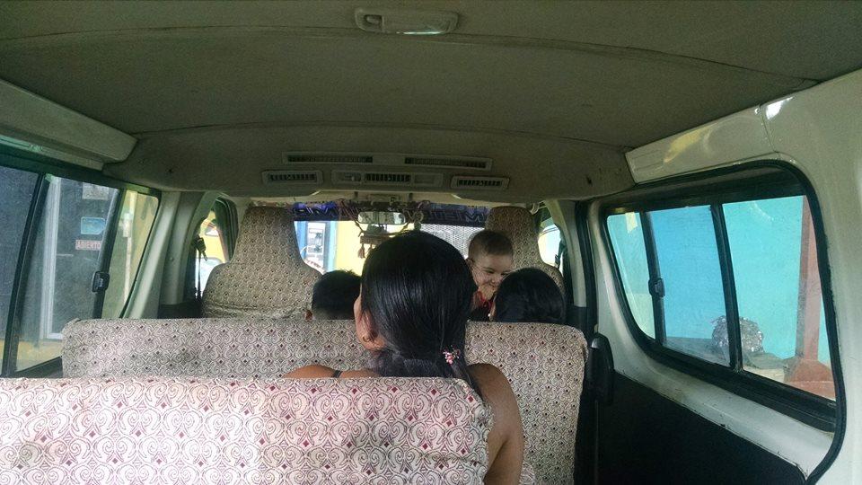 Furgoneta a Puerto Quimba