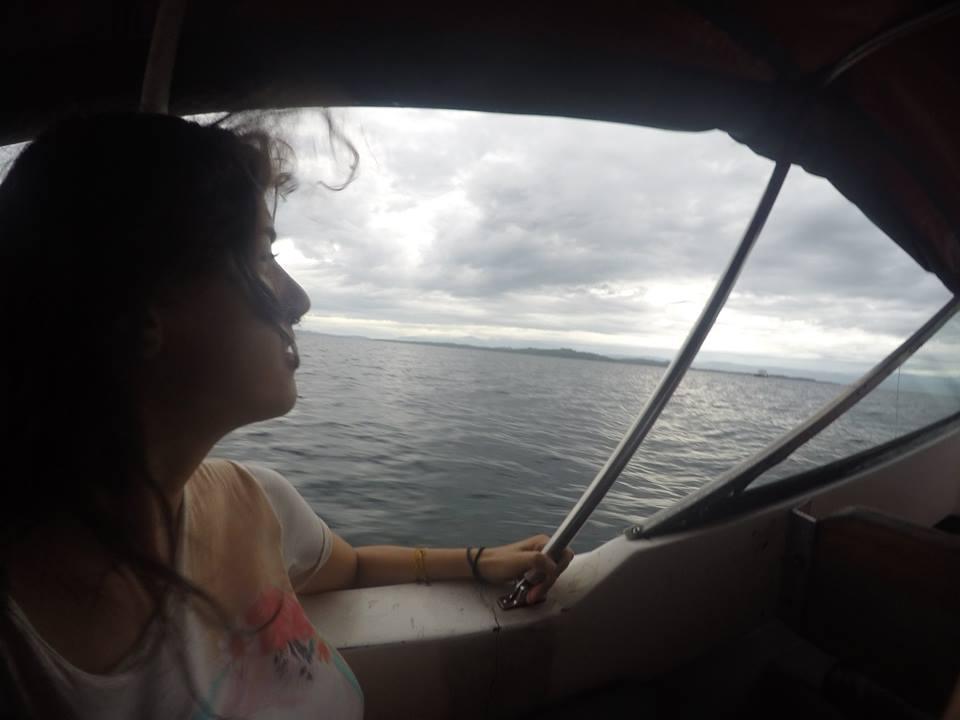 barca-de-bocas-del-toro-a-almirante