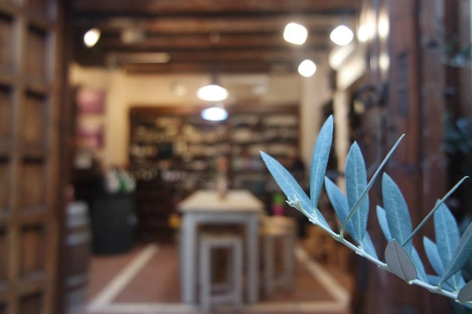 tienda-especializada-en-aceite-de-oliva-centro-historico-de-marbella