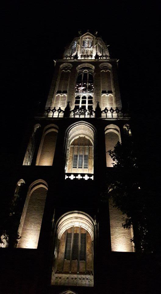 Dom Tower, tour nocturno de Utrecht
