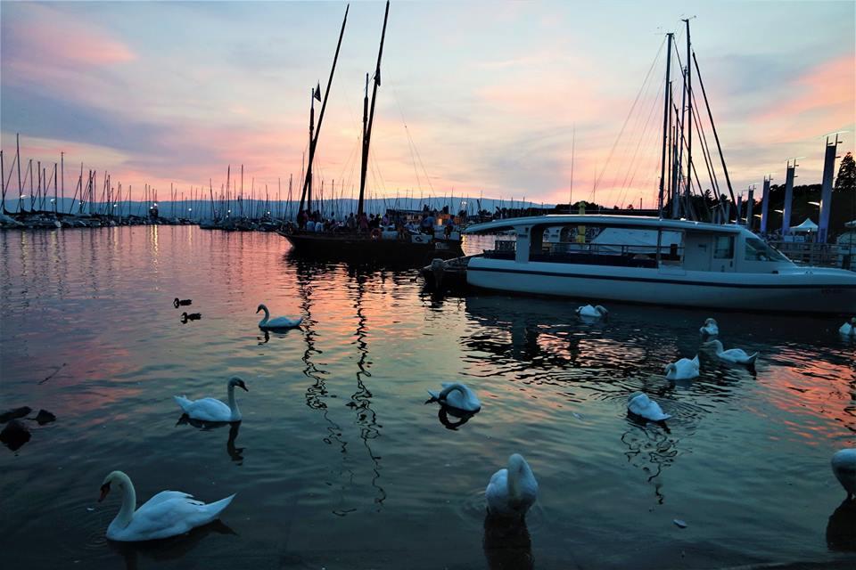 Atardecer en el lago Lemán, Lausanne, Suiza