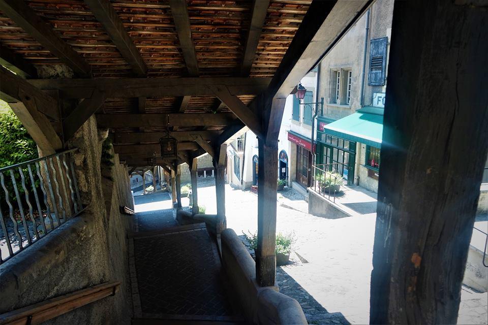 Marquesina de madera, Lausanne
