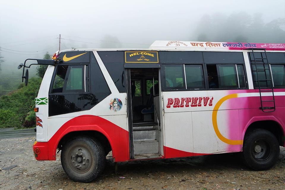 Autobús a Naya Pul