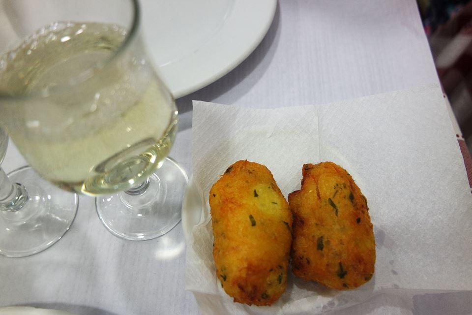 Buñuelos de bacalao, restaurante del Chiado, Lisboa