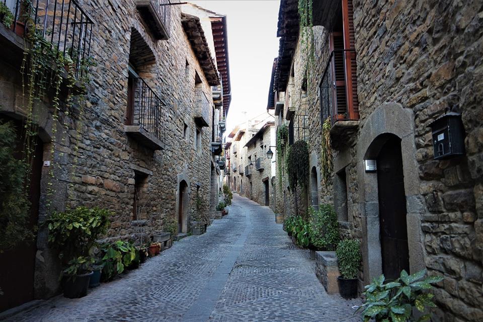 Calles de Aínsa, Aragón