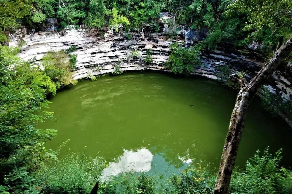 Cenote de Chichén-Itzá