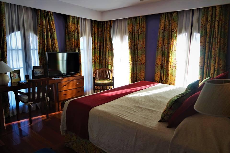 Mi habitación en el hotel Monaterio de Boltaña