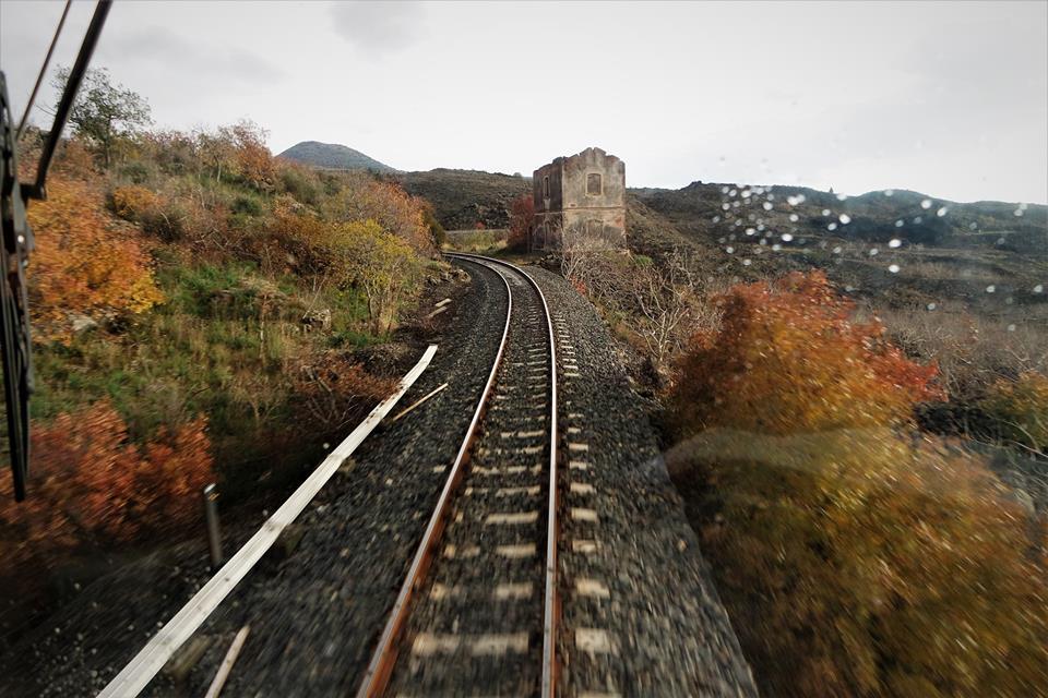 Ruta del pistacho, el Etna en tren