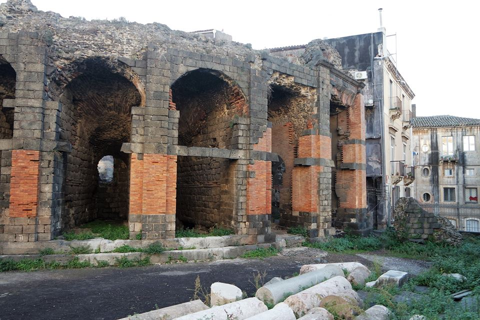 Parte de atrás, Anfiteatro Romano de Catania