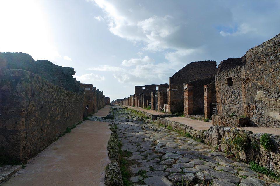 Calle empedrada, Pompeya