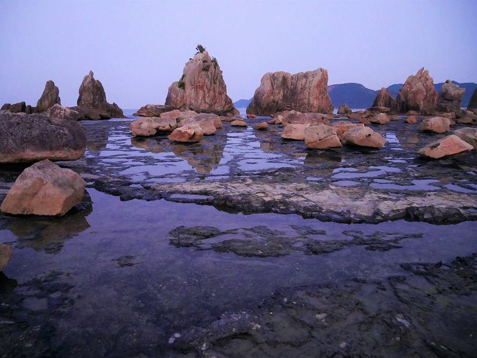 Hashigui-iwa Rocks, qué ver en Wakayama