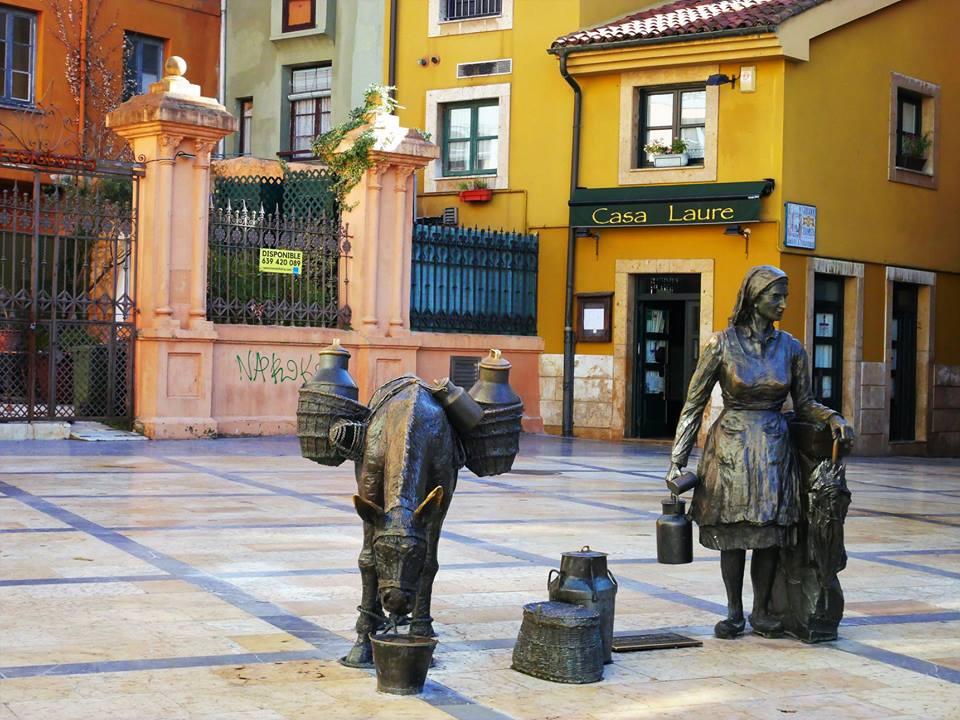 La Lechera, Oviedo