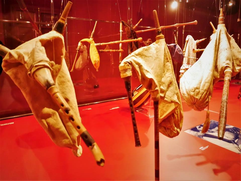 Exhibición de instrumentos asturianos