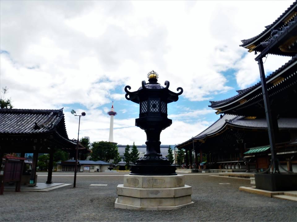 Hongan-ji, Patio central