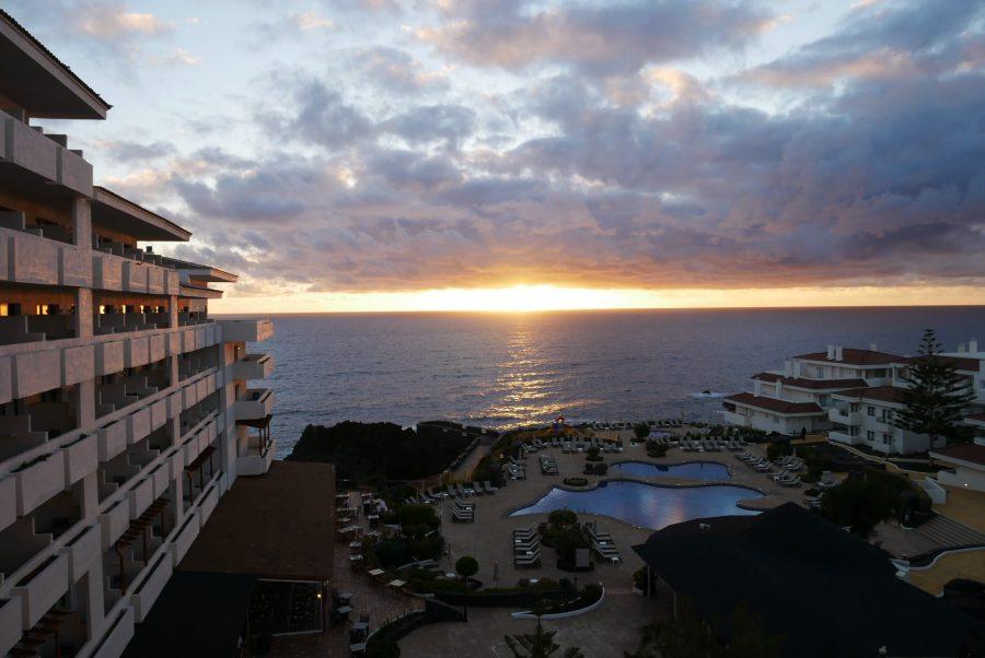 Amanecer desde el hotel de La Palma