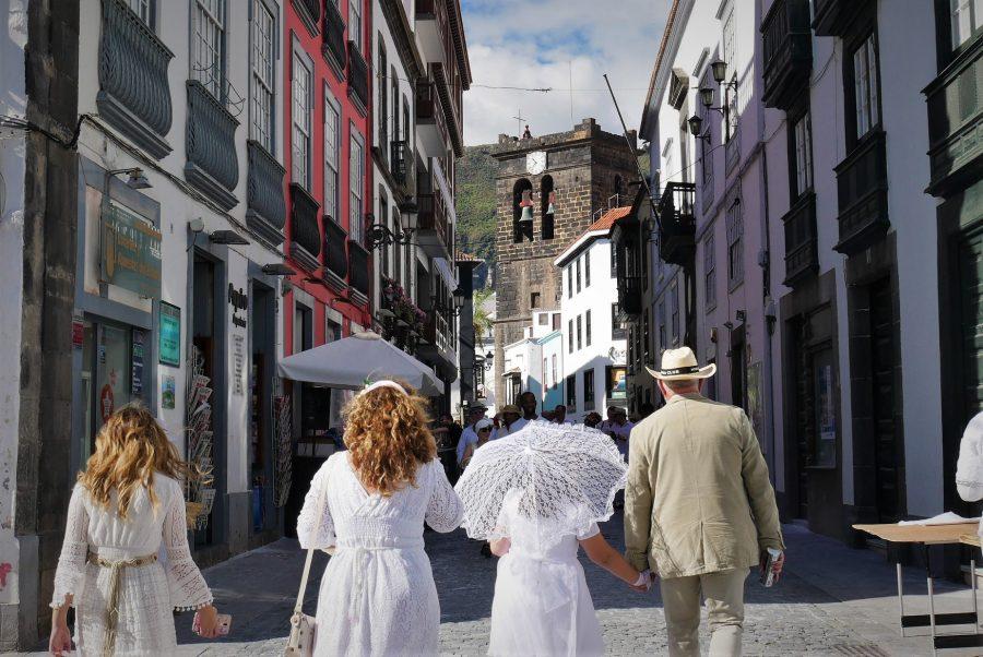 Caminando hacia la plaza de España