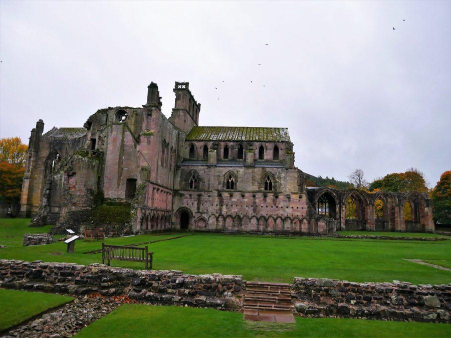 Abadía de Melrose, 10 lugares que visitar en Escocia