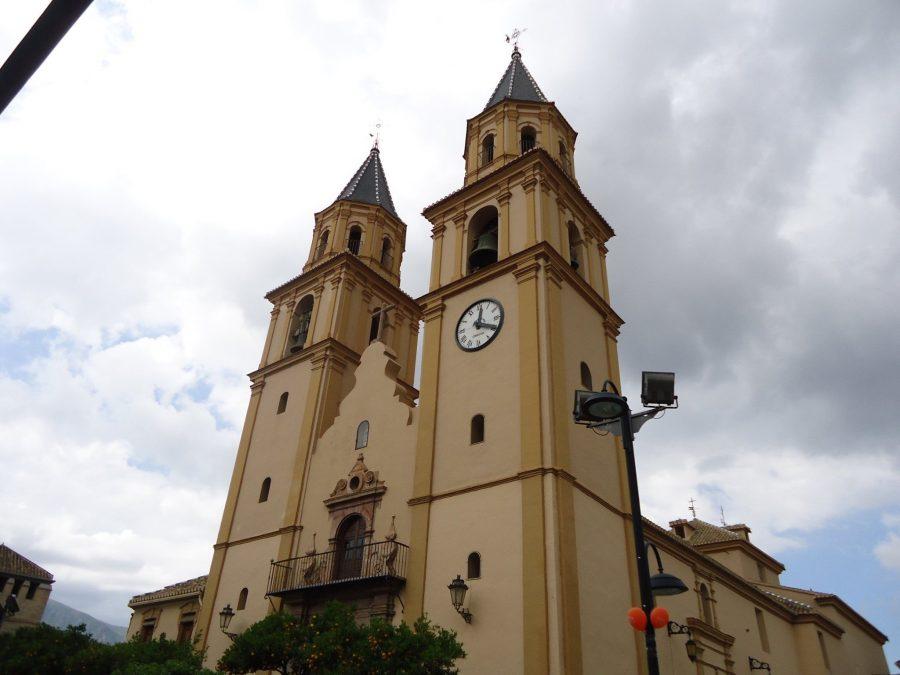 Iglesia de Órgiva, ruta en coche por al Alpujarra
