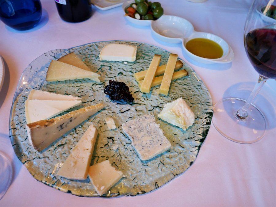 Tabla de quesos variados de Asturias