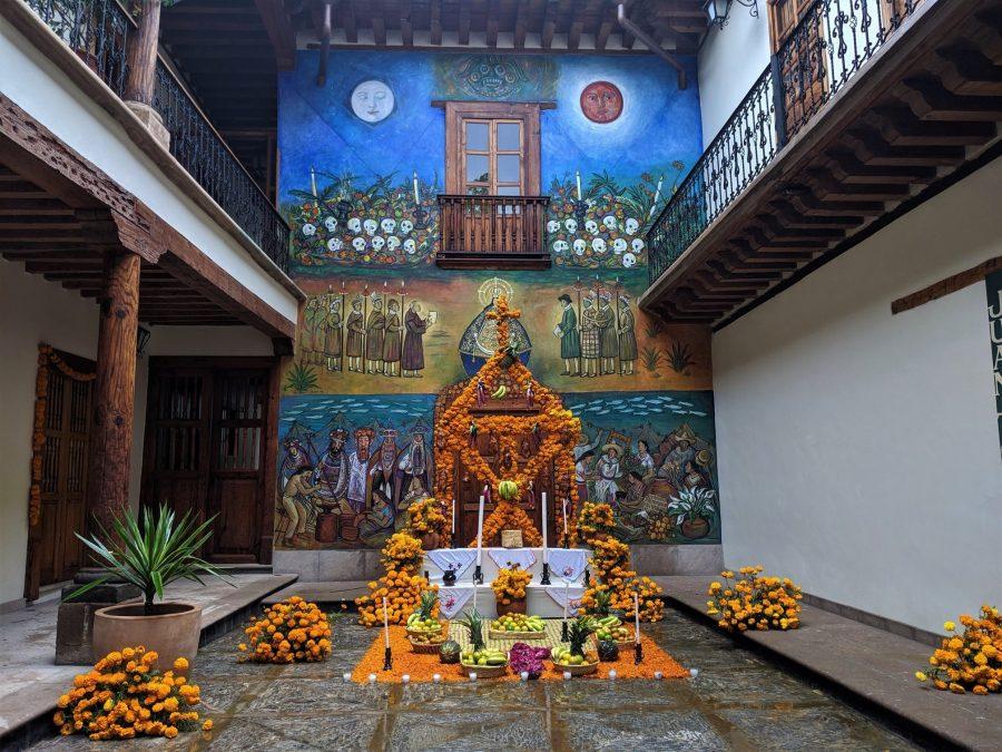 Altares por el Día de los Muertos en Pátzcuaro