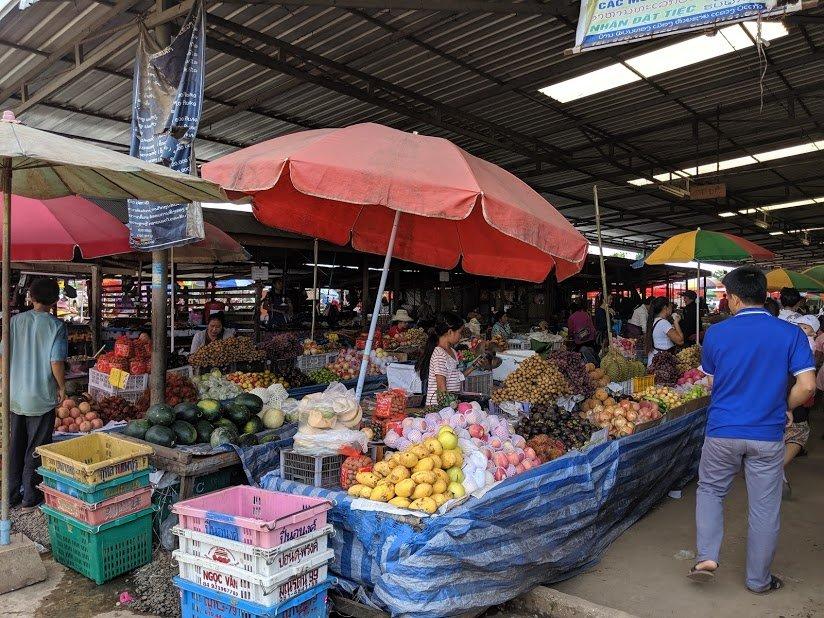 Mercado de Bokeo, Laos