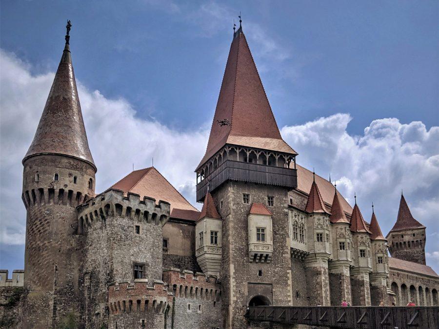 Castillo de Huyand, El castillo del conde Drácula en Rumanía