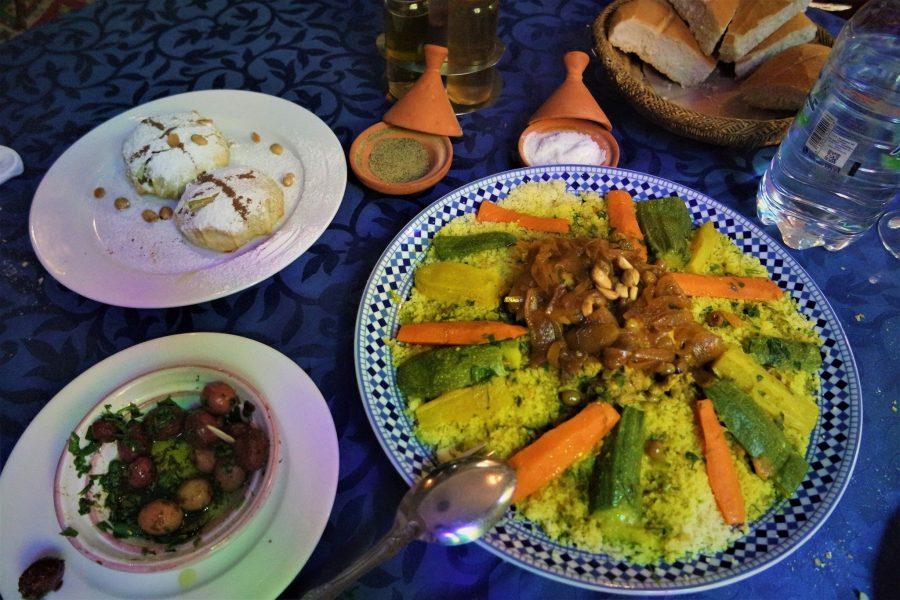 Cuscús en Tánger, platos típicos del mundo