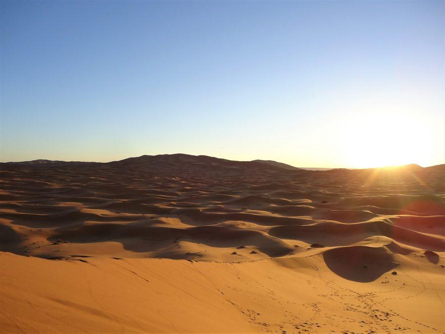 Amanecer en Erg Chebbi, dormir en jaima en el desierto de Marruecos