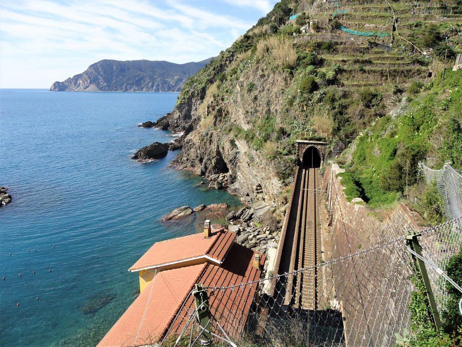 Tren a Cinque Terre