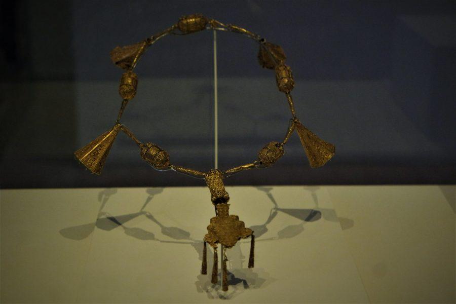 Collar de oro, Tesoro Nazarí de Mondújar