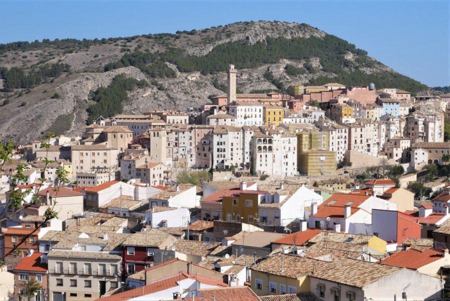 Torre de la Mangana y tejados de Cuenca