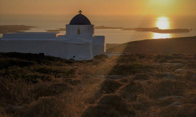 Atardecer en Paros, ruta por las islas griegas de 10 días