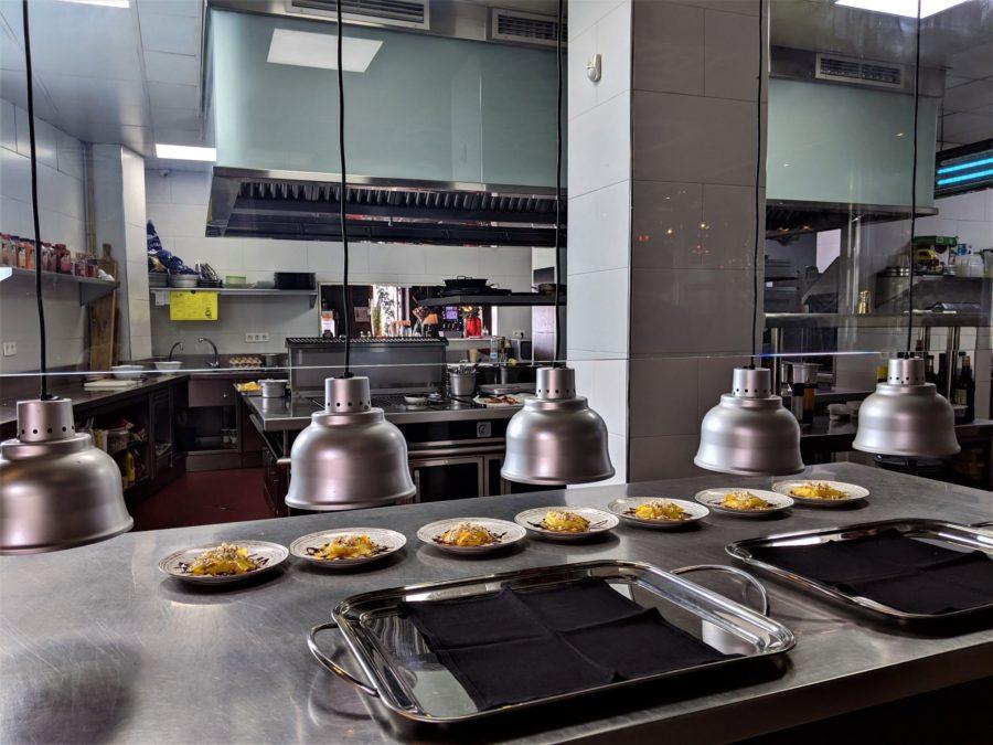 Cocina del restaurante Aráis, Salobreña