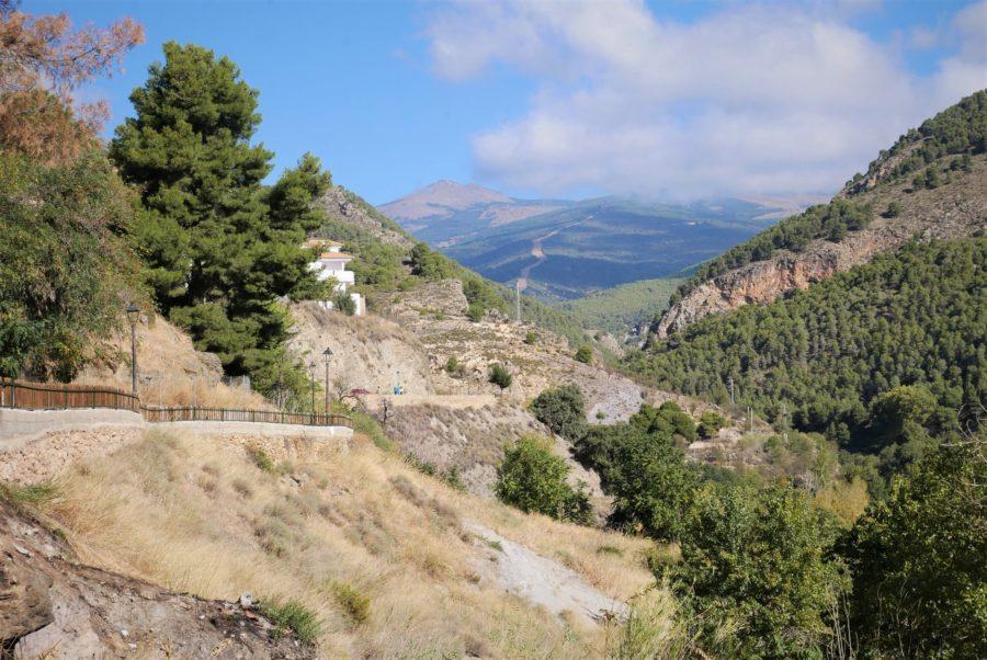 Vistas a la sierra y senderos de Laujar de Andarax, Almería