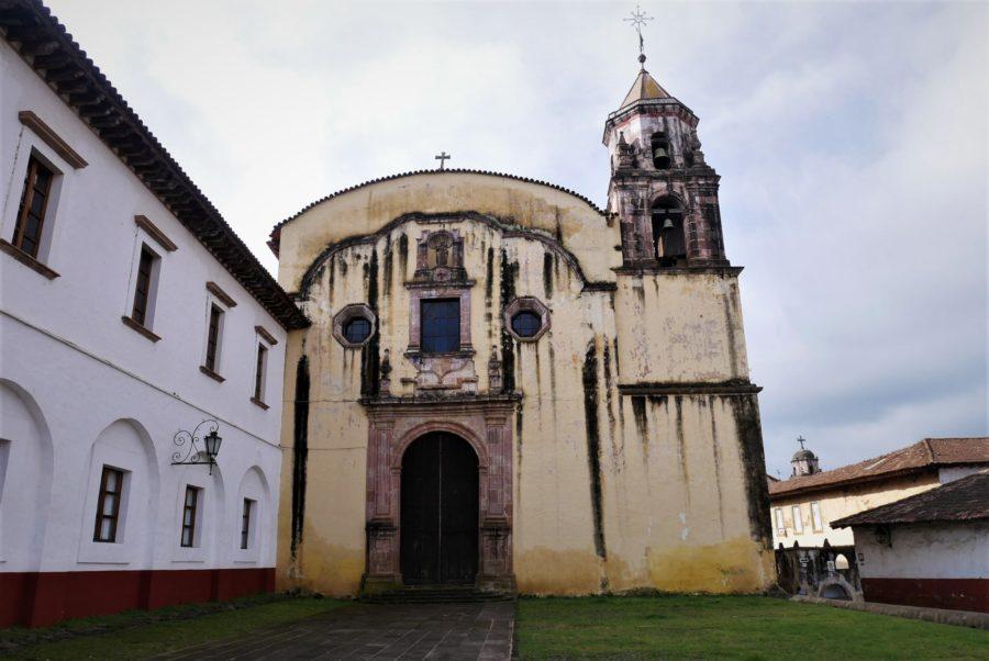 Iglesia y antiguo colegio jesuita, qué ver en Pátzcuaro, Michoacán