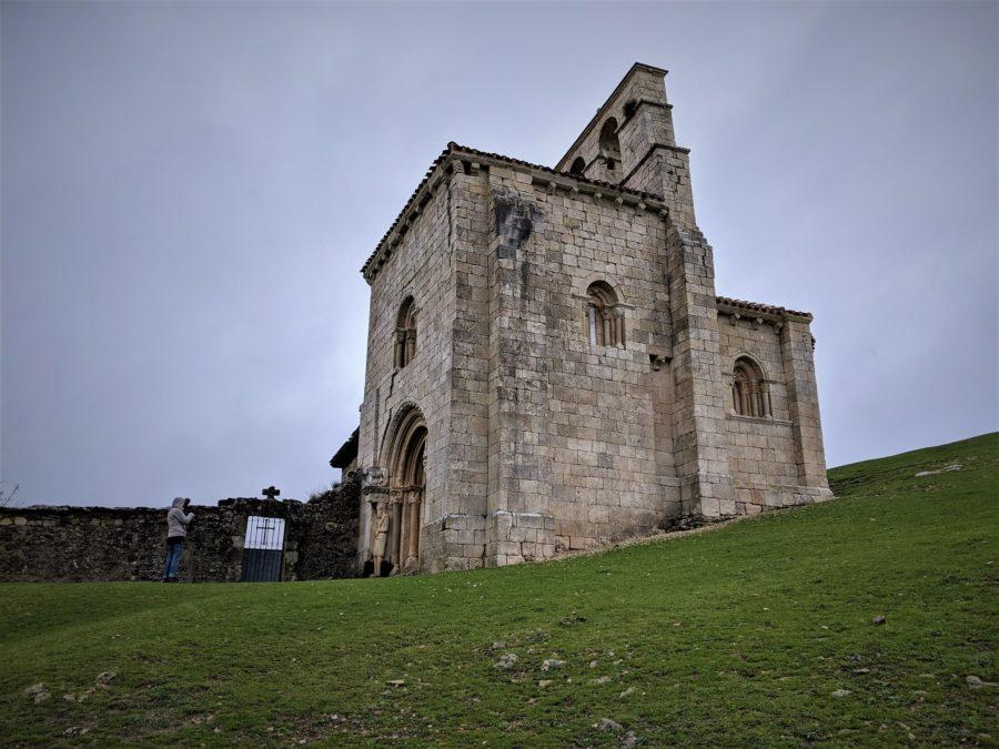 Visita a la ermita de San Pantaleón de Losa en Burgos