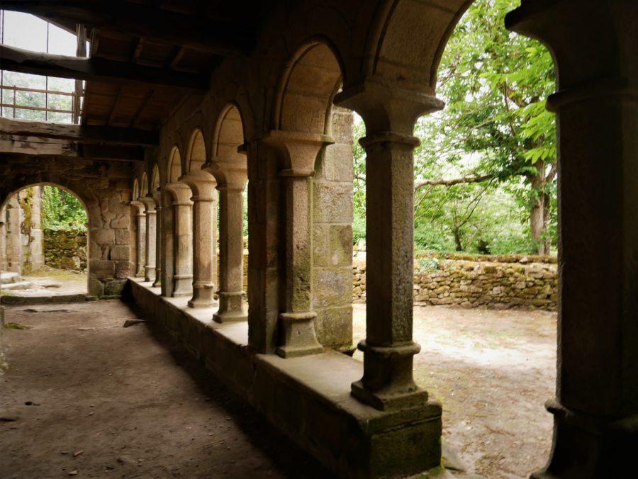 Claustro, Monasterio de Santa Cristina Ribeira Sacra, Ourense