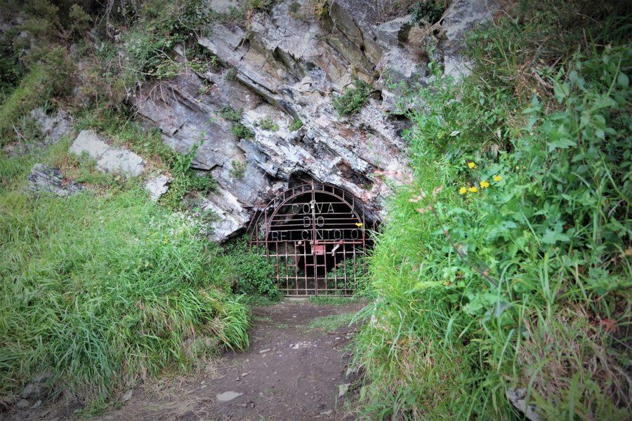 Cueva del rey Cintolo, Mondoñedo, Lugo