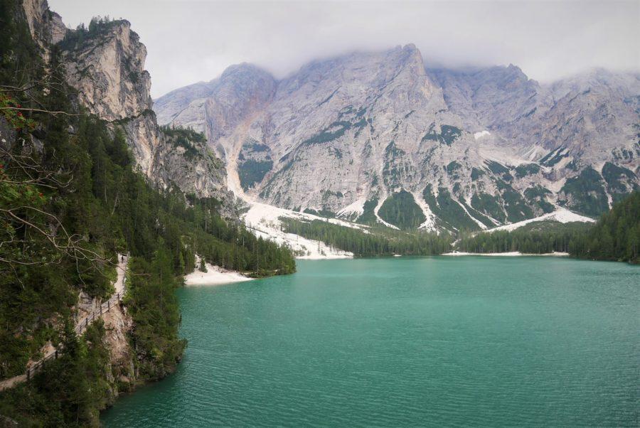 El lago di Braies en Los Dolomitas