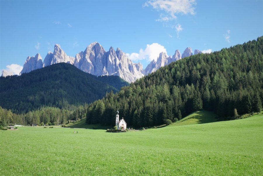 Valle de Funes, Los Dolomitas, mejores rutas en coche por Italia