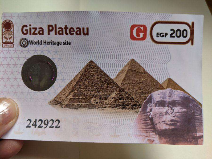 Entrada a las pirámides de Guiza